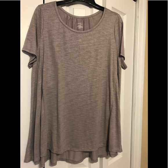 Lane Bryant Tops - Lane Bryant top. Size 14/16 UPDATED THE SIZE